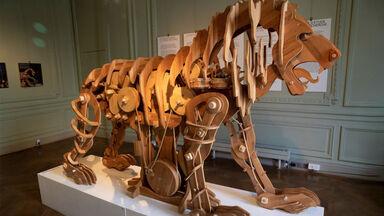 mechanical lion invention by leonardo da vinci