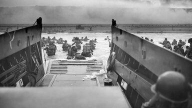 World War II American troops Omaha Beach D-Day invasion June 6, 1944
