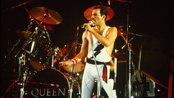 Freddie Mercury 1984 Wembley Arena