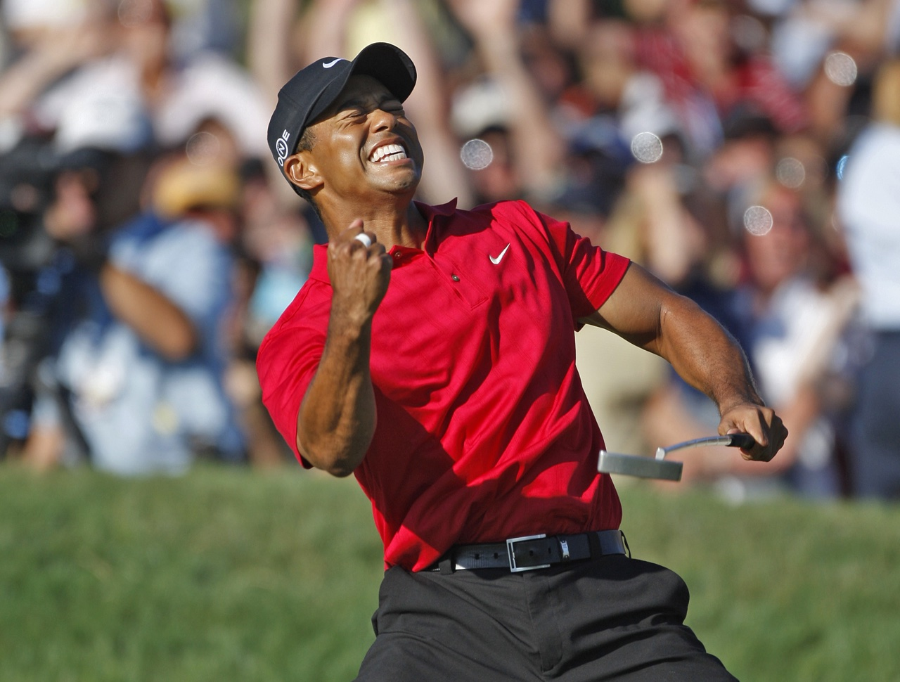 Tiger Woods celebrates forcing a playoff in the 2008 U.S. Open