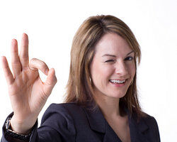 5 examples of nonverbal communication
