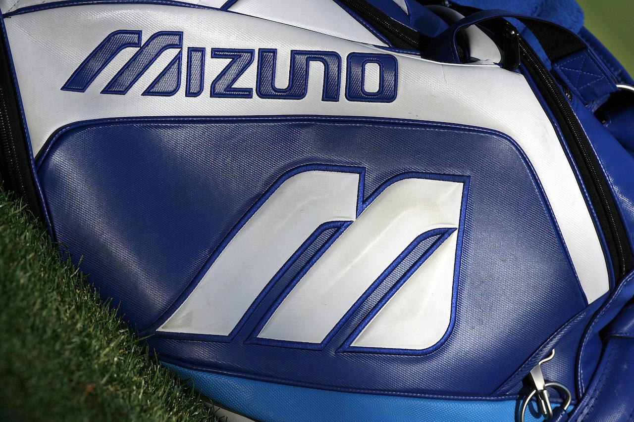 Mizuno blue and white golf bag