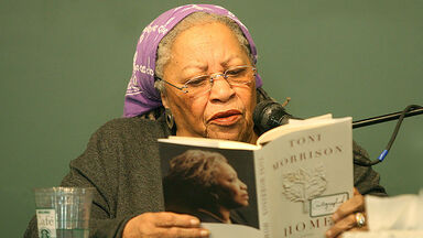 Toni Morrison reading her book Home