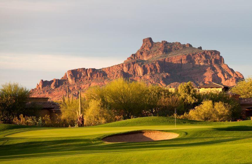 hole on a desert golf course