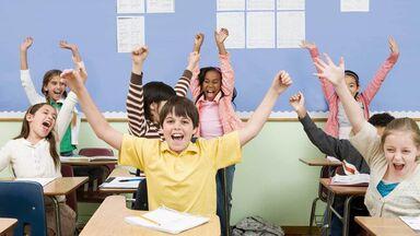 4th grade grammar class of happy kids