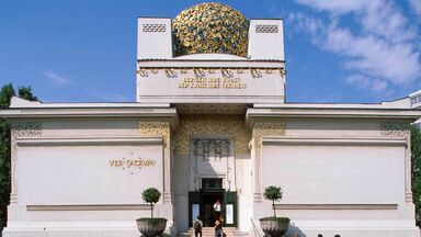 secession building in Vienna example of art nouveau