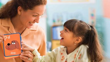 teach sight words to child using flashcard