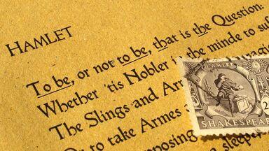 alliteration example in Shakespeare's Hamlet