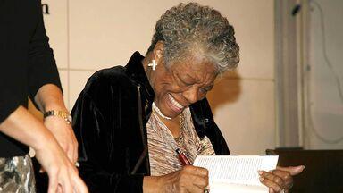 Maya Angelou 2008 book signing