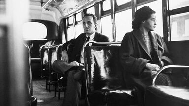 Rosa Parks front of bus 1955