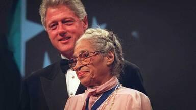 Rosa Parks awarded Medal of Freedom President Clinton 1996