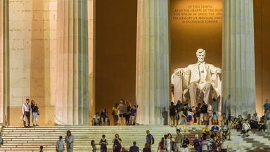 people viewing the Lincoln Memorial in Washington DC