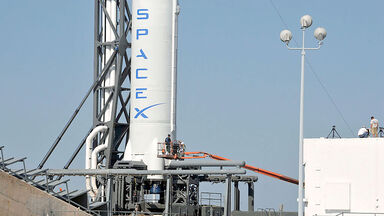 SpaceX's Falcon 9 spacecraft with Dragon reusable capsule