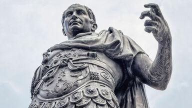 statue of Roman emperor Julius Caesar