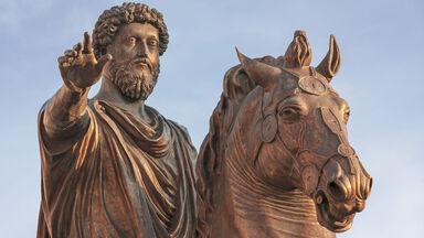 statue of Roman emperor Marcus Aurelius