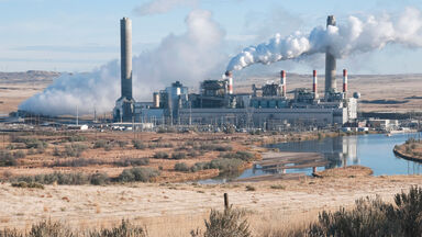 Coal-fired power plant on river in Wyoming air pollution